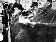 Klement Gottwald při projevu na Staroměstském náměstí v únoru 1948, foto: ČTK