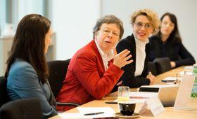 Eleanor Sharpston (2. von links). Foto: Centre for European Reform
