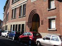Le lycée Paul Langevin de Suresnes, photo: Copyleft, CC BY-SA 3.0 Unported