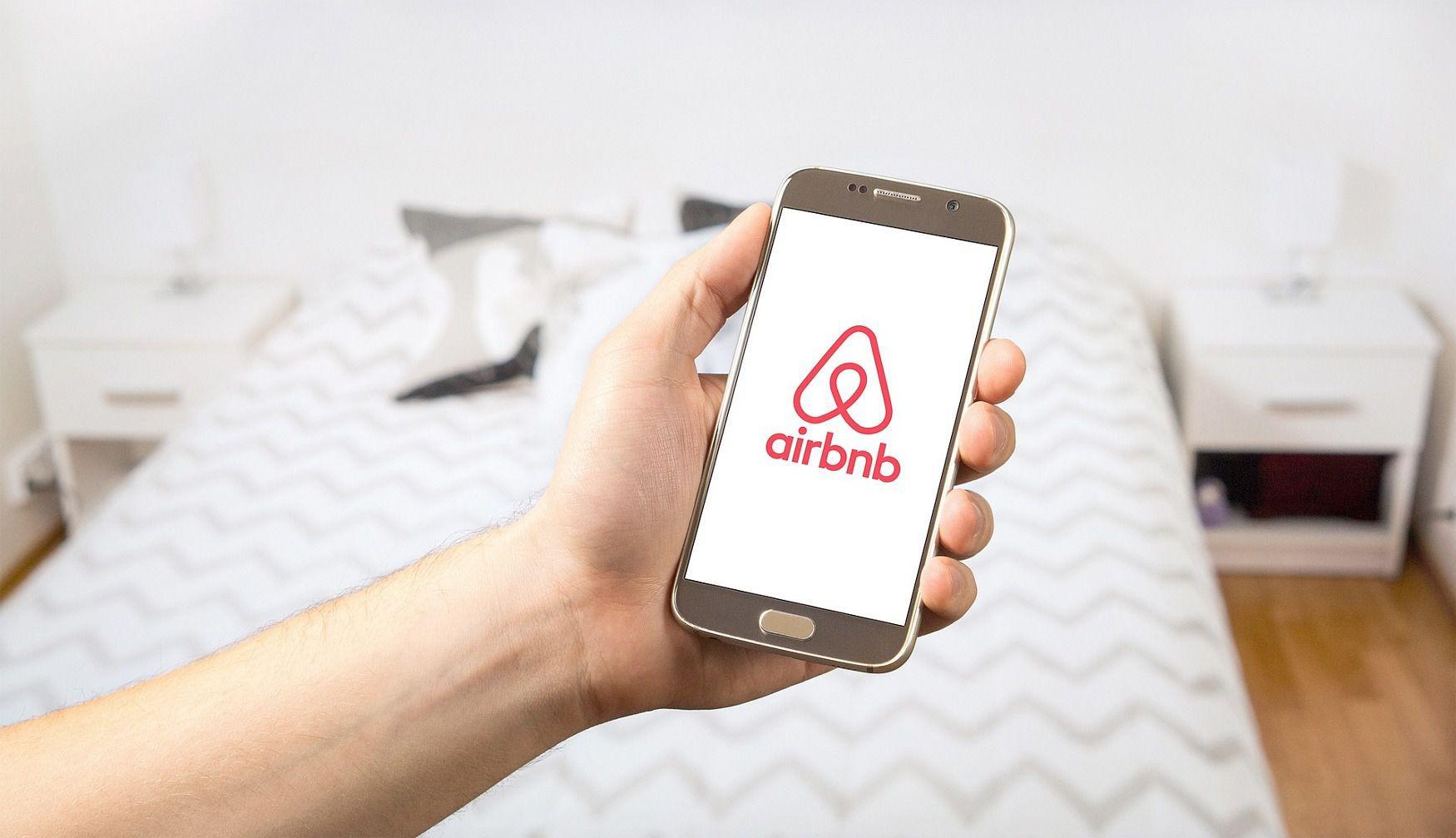 Prague 1 fights back against Airbnb-type services | Radio Prague
