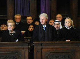 Мадлен Олбрайт и супруги Клинтон на похоронах Вацлава Гавела, фото: Филип Яндоурек, Чешское радио