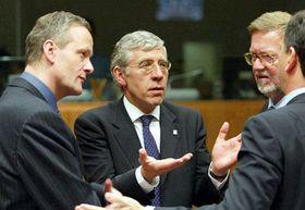 Министр инностранных дел Чехии (слева), Великобритании, Дании и Италии (Фото: ЧТК)
