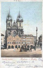 La Columna Mariana en la Plaza de la Ciudad Vieja en Praga
