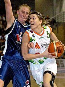 Ivana Vecerova (right), photo: CTK