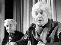 Anna Masaryková (vpravo) a Herberta Masaryková, foto: ČTK