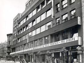 El edificio de la Radiodifusión Checa, 1945, foto: APF ČRo