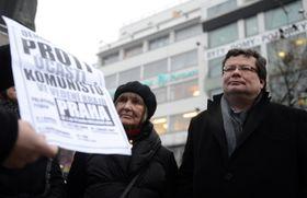 Dana Němcová y Alexandr Vondra, foto: ČTK