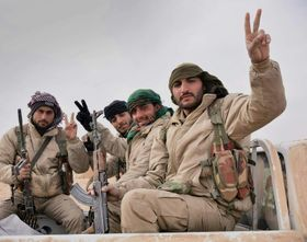 Kurdish soldiers, photo: Kurdishstruggle, Flickr, CC BY 2.0