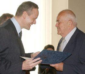 Cyril Svoboda and honoured Antonin Liehm, photo: CTK