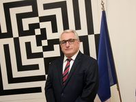 Charles Malinas, photo: Site officiel de l'ambassade française