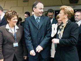 De izquierda: Ministros de Salud Marie Souckova, Michael Martin (Irlanda) y Maria Rauch-Kallat (Austria), foto: CTK