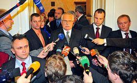 Presidente checo, Václav Klaus (en el centro) Foto: CTK