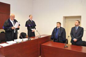 Судья Владимир Германн зачитывает вердикт, Фото: Мартин Свозилек, Чешское радио