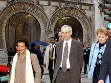 Premier Spidla mit seiner Frau Viktorie (rechts) in Portugal (Foto: CTK)