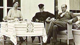 Tomáš Garrigue Masaryk con su familia, foto: ČT24