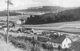 Obec Javoříčko před vypálením, foto: ČT24