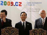José Manuel Barroso, Wen Jiabao et Václav Klaus, photo: CTK