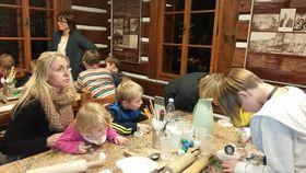 К созданию вертепов приобщают детей с ранних лет, Фото: Доминика Бернатова, Чешское радио - Радио Прага