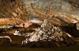 Proškův dóm - největší stalagmit v Čechách, foto: Archiv Správy jeskyní ČR
