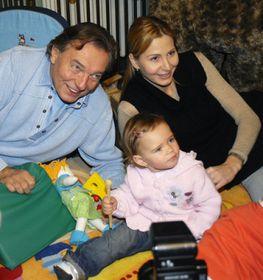Карел Готт и его семья (Фото: ЧТК)
