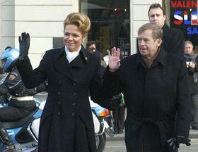 Václav Havel con su esposa Dagmar, foto: CTK