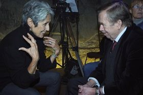 Joan Baez, Václav Havel, photo: CTK