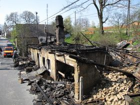 The house in Vítkov after the attack, photo: www.hzsmsk.cz