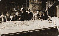 Professor Jiří Janda with architect Mašek above the plan of the ZOO