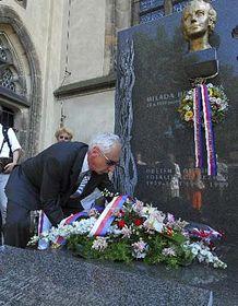 Pietní akt na vyšehradském hřbitově vPraze, foto: ČTK