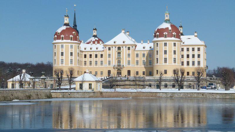 Schloss Moritzburg (Foto: Dr. Bernd Gross, Wikimedia Commons, CC BY-SA 3.0)