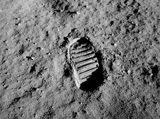 Aldrins Fußabdruck auf der Mondoberfläche (Foto: NASA, Public Domain)