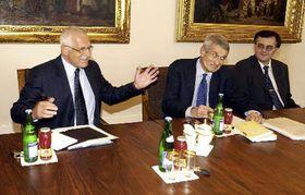 Видные чешские специалисты по психиатрии и неврологии сошлись с президентом Клаусом (Фото: ЧТК)