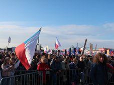 Hunderttausende Bürger sind am 16. November in Prag zu einer Großdemonstration zusammengekommen (Foto: Martina Schneibergová)