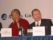 Dalai lama y Václav Havel, foto: archivo de Radio Praga