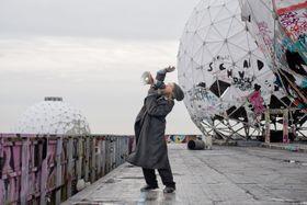 Julian Rosefeldt, Manifesto, 2015 © Julian Rosefeldt and VG Bild-Kunst, Bonn 2017