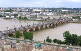 Bordeaux, photo: Langladure, CC BY-SA 3.0 Unported