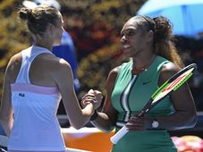 Karolína Plíšková et Serena Williams, photo: ČTK/AP/Andy Brownbill