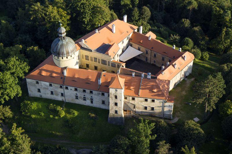 Замок Грабштейн, фото: Zdeněk Fiedler, Wikimedia Commons, CC BY-SA 4.0