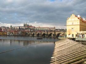 Карлов мост на фоне Пражского града (Фото: Кристина Макова, Чешское радио - Радио Прага)