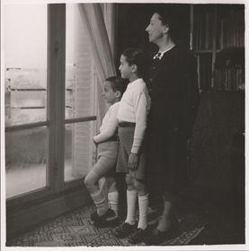 Colette avec ses fils, photo: repro, Ladislava Chateau, 'Colette má drahá, vy víte, co máte udělat...' / Sumbalon