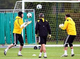 Petr Čech (left) during a training session, photo: CTK