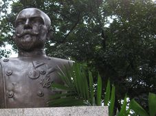 Blumentritt-Denkmal in Manila (Foto: esambale, Flickr, CC BY-NC-SA 2.0)