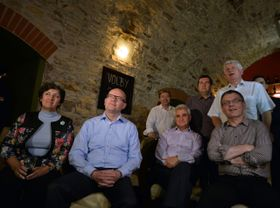 Zleva Alena Gajdůšková, Bohuslav Sobotka, Roman Sklenák, Milan Štěch, Jan Hamáček, Lubomír Zaorálek aMartin Starec (ČSSD), foto: ČTK