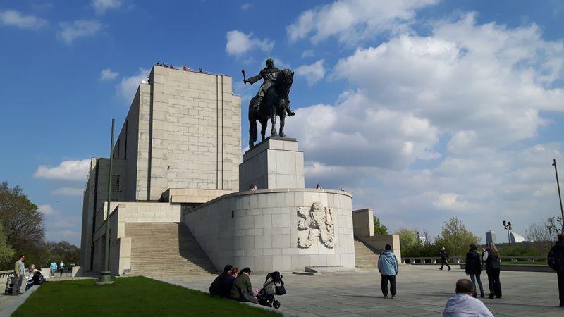 Памятник Яну Жижке в Праге, фото: Клара Стейскалова