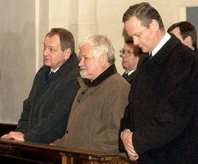 De izquierda: Jan Kasal, Petr Pithart, Cyril Svoboda, foto: CTK