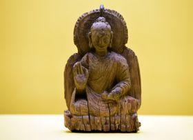 Будда в позе лотоса, Фото: ЧТК