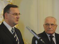 Petr Nečas (vlevo) a Václav Klaus, foto: Vláda ČR