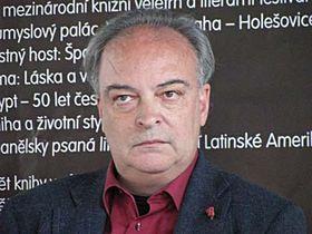 Enrique Vila-Matas (Foto: Gonzalo Núñez)