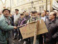 Czech farmers hold protest demonstration in Prague, photo: CTK