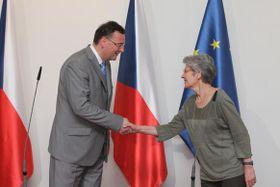 Petr Nečas et Bernadette Ségol, photo: Gouvernement de la RT